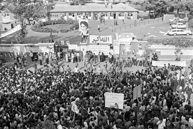 انقلاب اسلامی و گذار به تجدد ایرانی