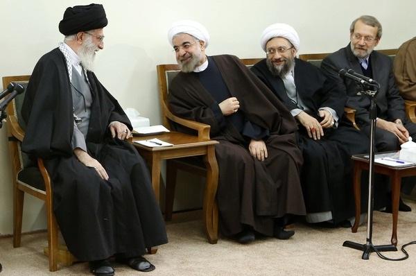 اقتصاد مقاومتی گفتمان میان سه قوه و رهبر ایران