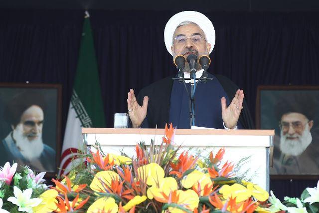 روحانی: سیاست ایران تعامل و روابط بهتر با همسایگان جنوبی است