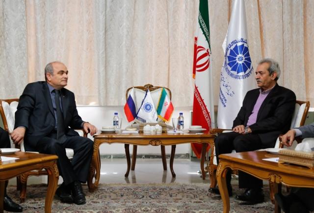 روسیه در پی گسترش روابط تجاری با ایران است
