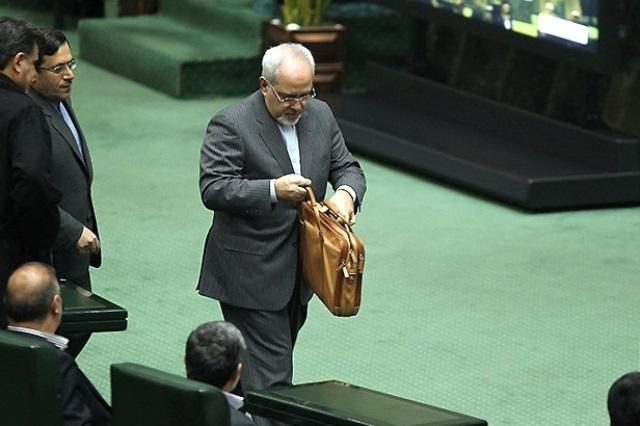 ظریف و روحانی، همچنان در مقابل تندباد انتقاد جناح های تندرو در ایران