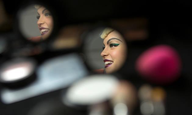 افزایش مصرف لوازم آرایشی در محدوده حجاب