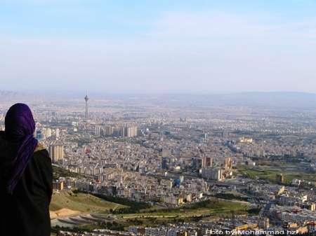 کاهش تدریجی آلودگی هوای تهران با توزیع بنزین پاک