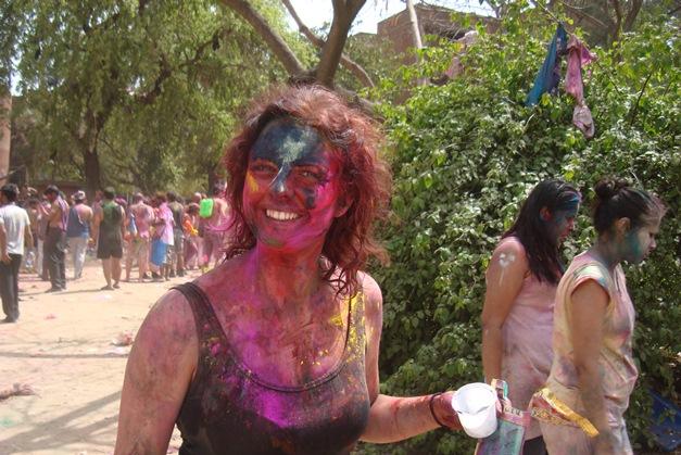 """""""هولی""""؛ فستیوال آتش و رنگ"""