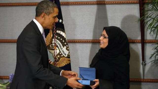 زن سعودی جایزه بین المللی زنان شجاع را از اوباما دریافت کرد