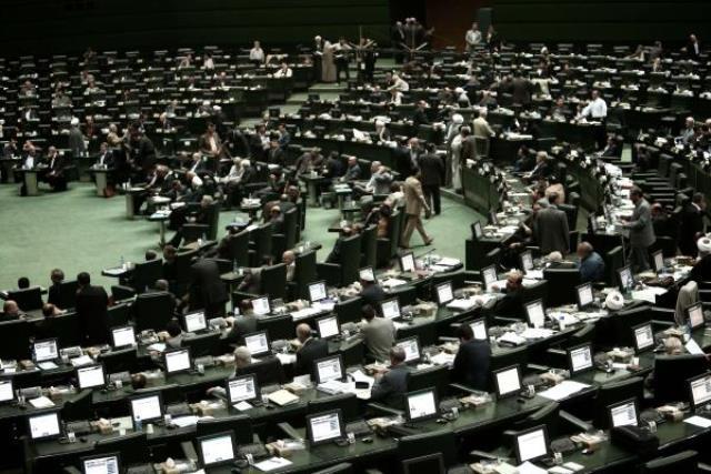 مجلس ایران: مذاکره کنندگان حق ندارند درباره توان موشکی ایران گفتگو کنند