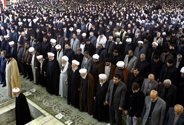 در نماز جمعه های ایران چه خبر است؟