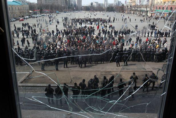 نگاهی به شکست نابهنگام اوکراین: مرکل در دام تزاری پوتین