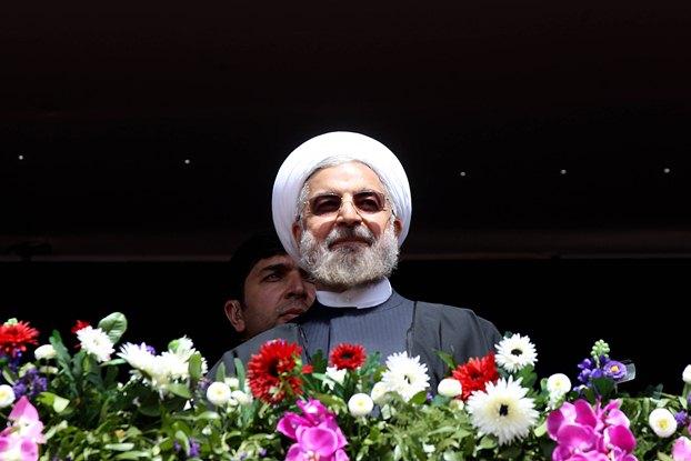 روحانی در نمایشگاه کتاب: دولت در پی سانسور نیست