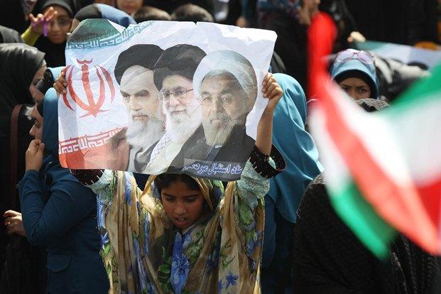 تصاویر حاشیه های سفر روحانی به سیستان و بلوچستان