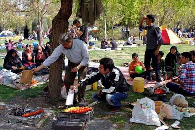 """پایان جشن های نوروزی با """"سیزده بدر"""" به روایت تصویر (سری دوم)"""