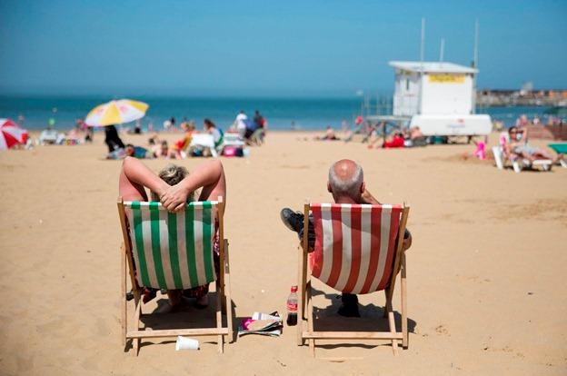 آفتاب داغ تابستان و خطرات آن برای پوست زنان خاورمیانه ای