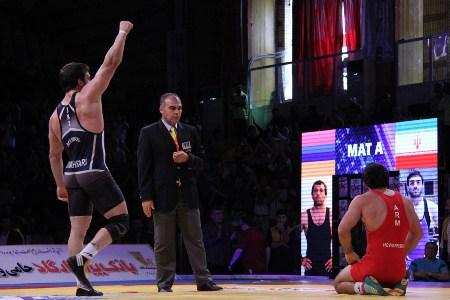 پیروزی علیاری، قهرمانی جهان تیم ایران را رقم زد
