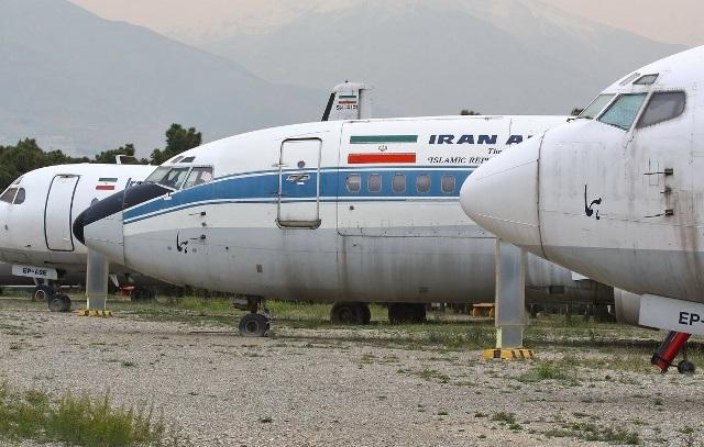 یکصد فروند هواپیما در ایران زمین گیر هستند