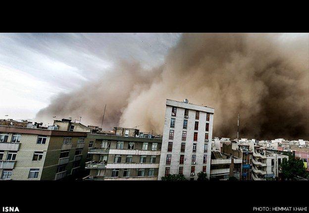 تعداد کشته های توفان تهران به سه نفر رسید