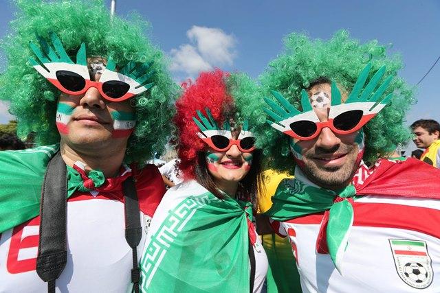 تصاویر حاشیه های بازی ایران – آرژانتین
