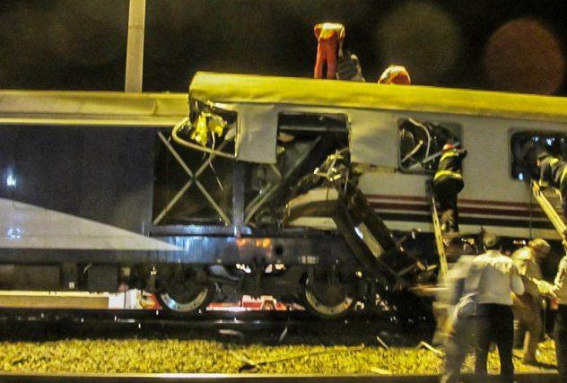 تصادف قطار تهران-مشهد یک کشته و ۳۵ مجروح به جای گذاشت