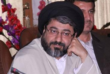 نماینده مجلس ایران: همسر یک مقام مسئول در دولت واردکننده بنزین است