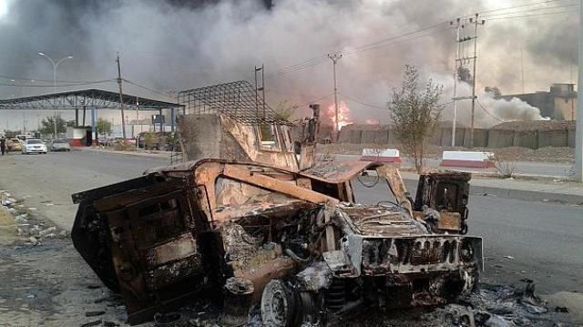 تصرف پالایشگاه مهم عراق توسط داعش همزمان با سفر جان کری به بغداد