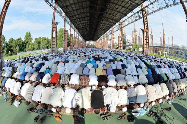 مسلمانان جهان در عید فطر به روایت تصویر