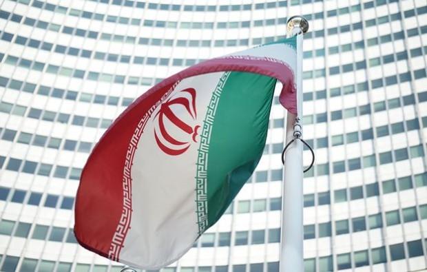 پرچم ایران در مقر سازمان ملل در وین – عکس از آژانس خبری فرانسه