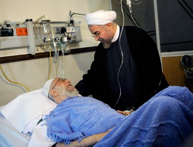آیتالله خامنهای تحت عمل جراحی قرار گرفت