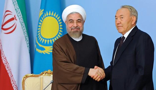 روحانی: تهران و دوشنبه باید ظرفیت ها را به فعل در آورند