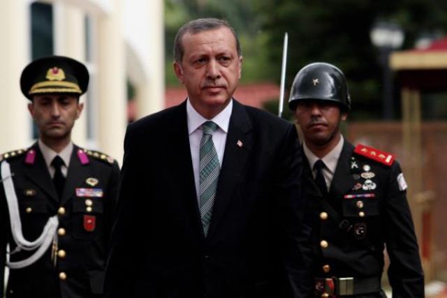 اردوغان: ترکیه از مقامات اخوان المسلمین استقبال می کند