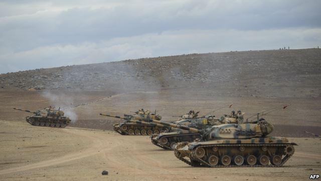 استقرار چند تانک ترکیه در مرز این کشور با سوریه
