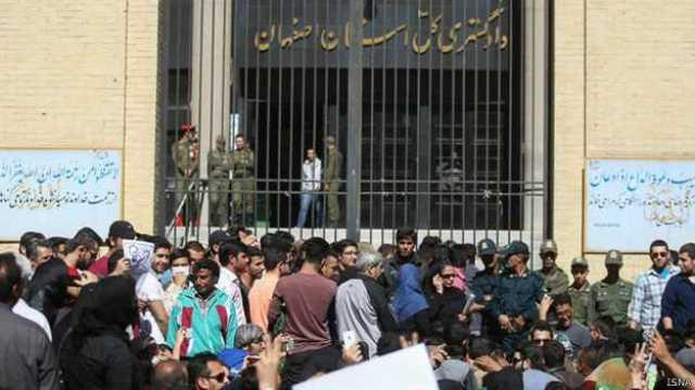 معاون قوه قضائیه ایران برای رسیدگی به پرونده اسیدپاشی به اصفهان رفت