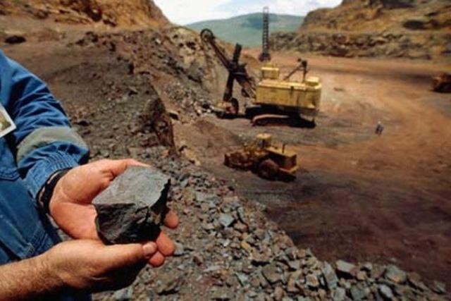افتتاح کارخانه بزرگترین معدن طلای خاورمیانه در ایران