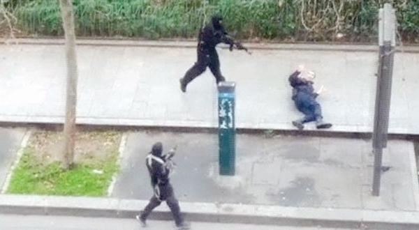 جستجوی یافتن بهانه ای برای تروریستهای پاریس