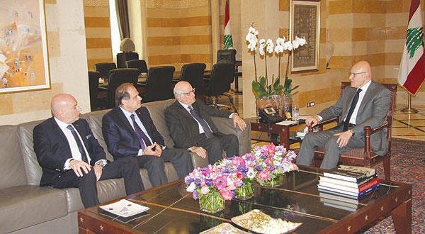 با نزدیک شدن به پایان دوره  فرمانده ارتش بحران جدیدی در انتظار لبنان