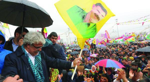 اردوغان با اولین «اعتراض» دولتی مواجه می شود… داود اوغلو سکوت می کند