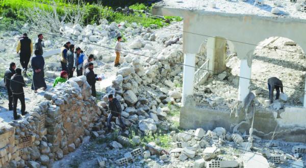 تبادل بی سابقه بازداشت شدگان بین جناح های مخالف و شبه نظامیان وفادار به اسد