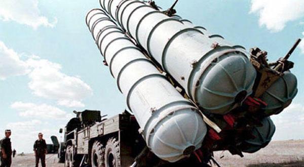 پوتین غرب را شگفت زده می کند و تصمیم می گیرد به ایران موشک های { اس . ۳۰۰ } تحویل دهد