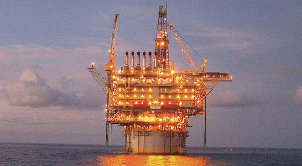 انجام تعمیرات و یا حل و فصل اختلافات فی مابین… «میدان نفتی الوفره» برای دو هفته تعطیل است
