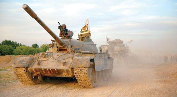 «داعش» تخریب تدمر را آغاز می کند و پرچم های سیاه خود را بر بالای قلعه باستانی شهر بالا می برد