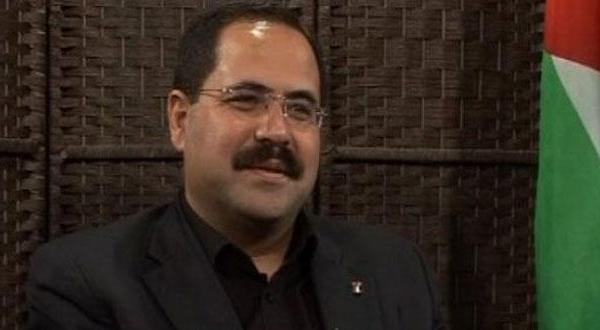 مشاور عباس: دولتی فلسطینی به جای افراد مستقل «جناحی» می شود