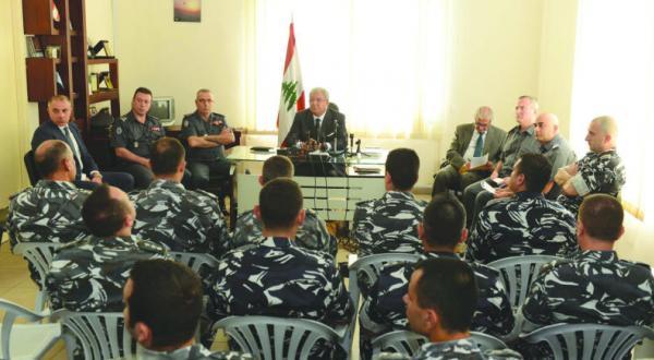 وزیر کشور لبنان: کسانی وجود دارند که برای قطع روابط سنی ها با دولت تلاش می کنند