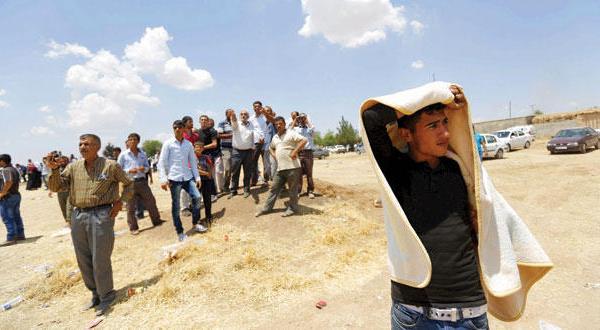 «داعش» بیرون از کوبانی.. در الحسکه پیش روی می کنند و دهها هزار نفر فرار می کنند