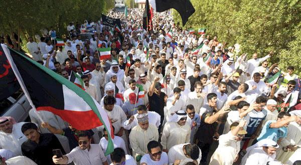 کویت قربانیان {الصوابر} را تشییع می کند و متعهد به قطع کردن دستان شرور می شود