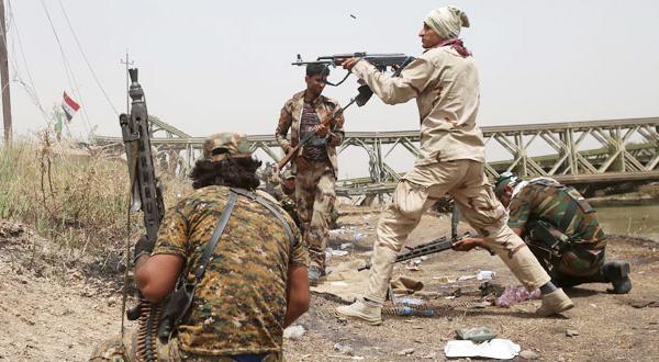 جنجال در عراق پس از آتش زدن یک «داعشی».. بسیج مردمی دست داشتن در این حادثه را نفی می کند