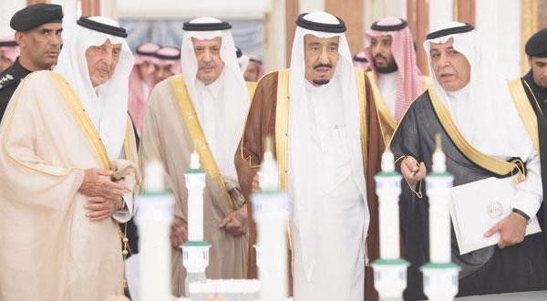 پادشاه عربستان سعودی بزرگ ترین پروژه توسعه مسجد الحرام را افتتاح می کند