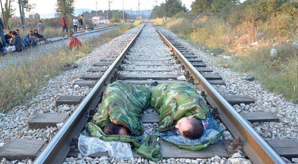 پس از ایتالیا.. سواحل یونان خط مقدم برای پذیرش پناهندگان