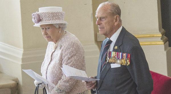 الیزابت دوم کسی که طی هزار سال گذشته برای طولانی ترین مدت بر تخت سلطنتی نشست