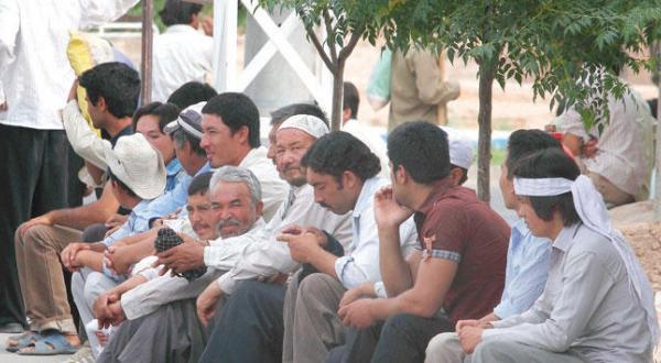 هر ۵ دقیقه یک ایرانی به بیکاران افزوده می شود