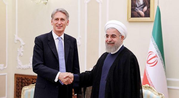 دیدار فلیپ هاموند با روحانی رئیس جمهور ایران یک روز پس از افتتاح سفارت کشورش در تهران