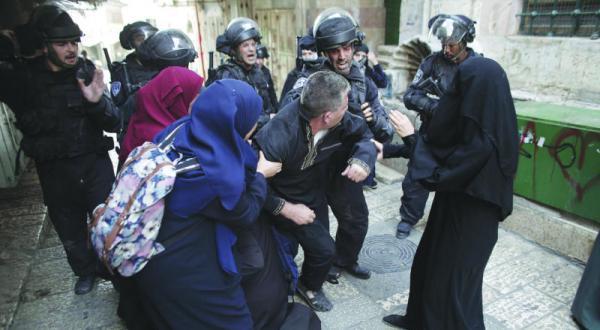 درگیری های الاقصی گسترش می یابد.. پلیس اسرائیل مرابطان فلسطینی را هدف قرار می دهد