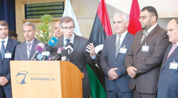 با اخذ توافق اولیه برای اتحاد مجدد پارلمان لیبی، لیون فراتر از موانع